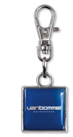 Zipper mit Karabiner 15 x 15 mm