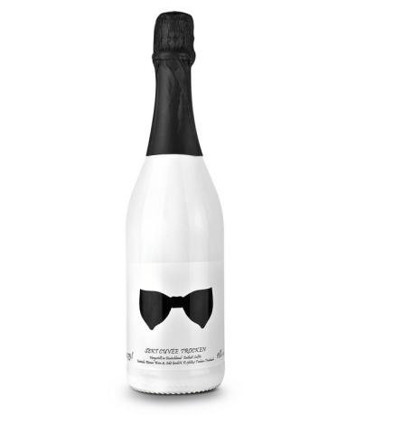 Sekt Cuvee trocken weiß lackierte Flasche 750 ml