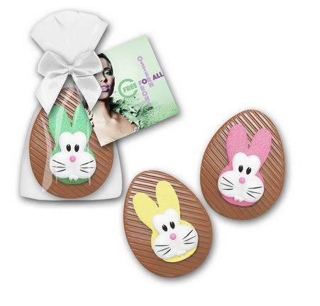 Schoko Ei mit bunten Hasenköpfen