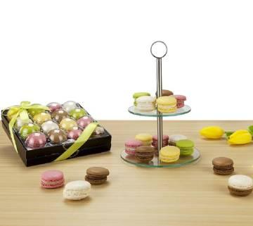 Macarons & Etagere